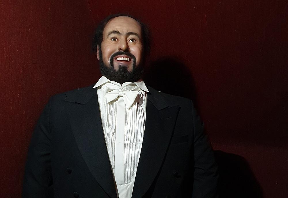 vaxdockor-Pavarotti_liten